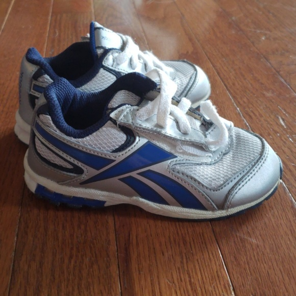 reebok shoes blue and white